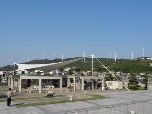 淡路島風力発電の風車を見る05