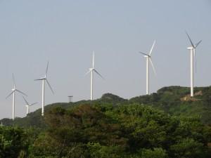 淡路島風力発電の風車を見る10