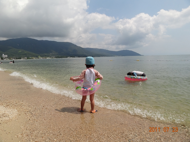 はじめてのびわ湖で泳ぐ…近江舞子中浜キャンプ場・水泳場