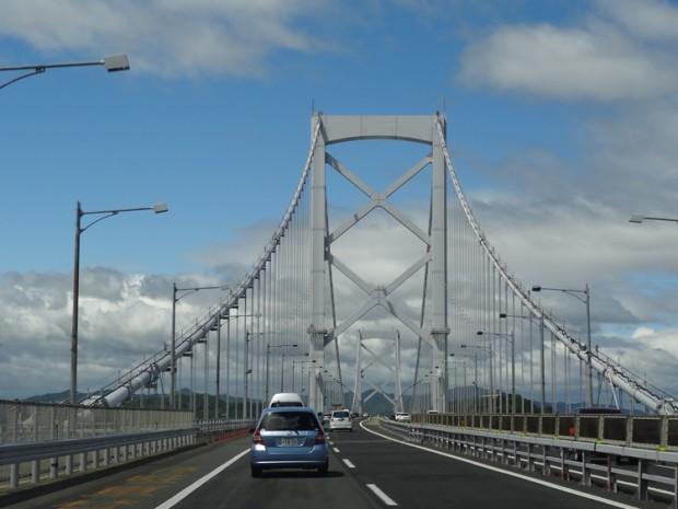 鳴門海峡大橋で徳島県鳴門市へ03