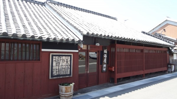 2013-05-05-1044-堀河屋野村-三ツ星醤油-美薗亭-外観-000