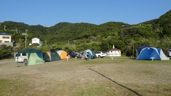 日の岬オートキャンプ場-ロープで区画割