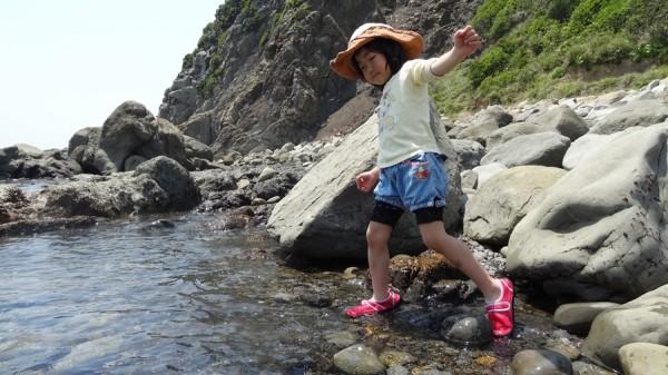 2013-05-06-1215-日の岬オートキャンプ場-海-磯遊び-002